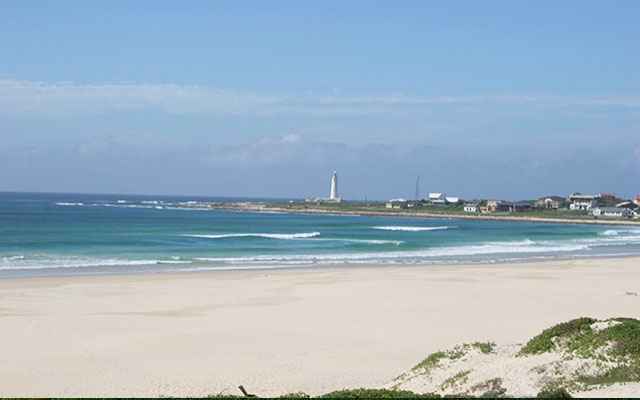 Cape St. Francis strand under longstay sydafrika | Sunbirdie