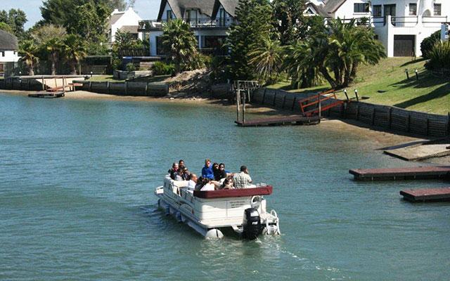 båtliv i Cape St. Francis floden under longstay sydafrika | Sunbirdie
