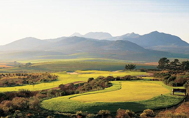 Arabella golfbana utsikt under long stay golf sydafrika | Sunbirdie