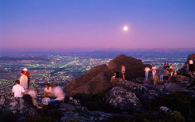 Fantastisk utsikt-från-berget under longstay sydafrika | Sunbirdie