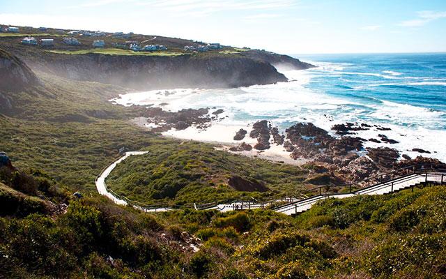 gå längs kusten under longstay sydafrika | Sunbirdie