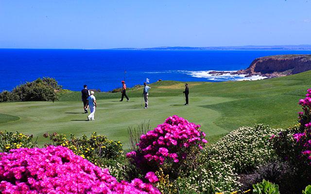 spela golf med färgglada flora under long stay golf sydafrika | Sunbirdie