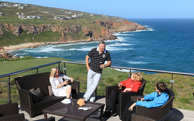 njut av golfbanan nära havet under long stay golf sydafrika | Sunbirdie